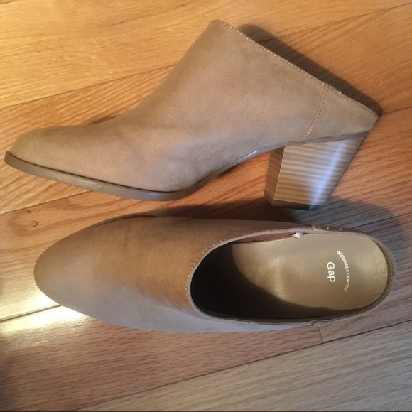 GAP Shoes   Factory Fauxsuede Mule